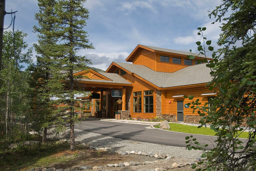 Travel tips denali national park preserve in alaska for Denali national park cabins